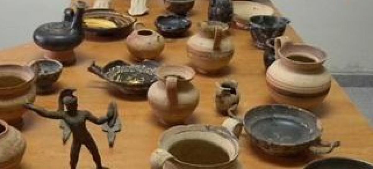 Ascoli Satriano, denunciate due persone per sequestro reperti archeologici
