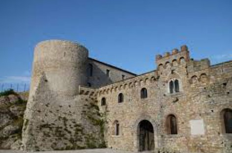 """Bovino, tra i finalisti del """"Borgo dei Borghi"""": vota il tuo borgo online"""