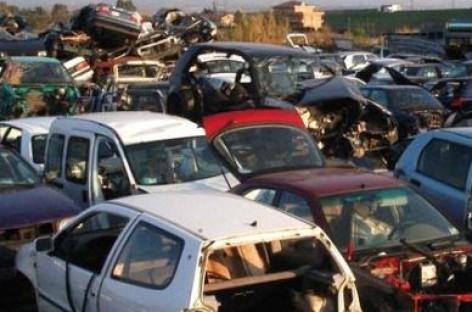 Cerignola, arrestati per riciclaggio di auto