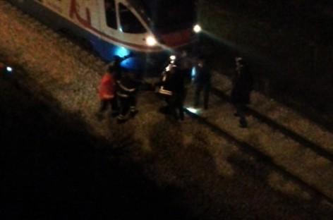 Lucera, uomo tenta suicidio, bloccato in tempo il treno in direzione Foggia