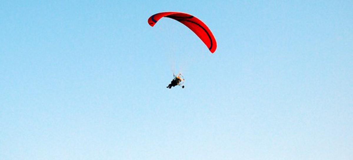 Rignano Garganico, brutta caduta, deltaplano precipita