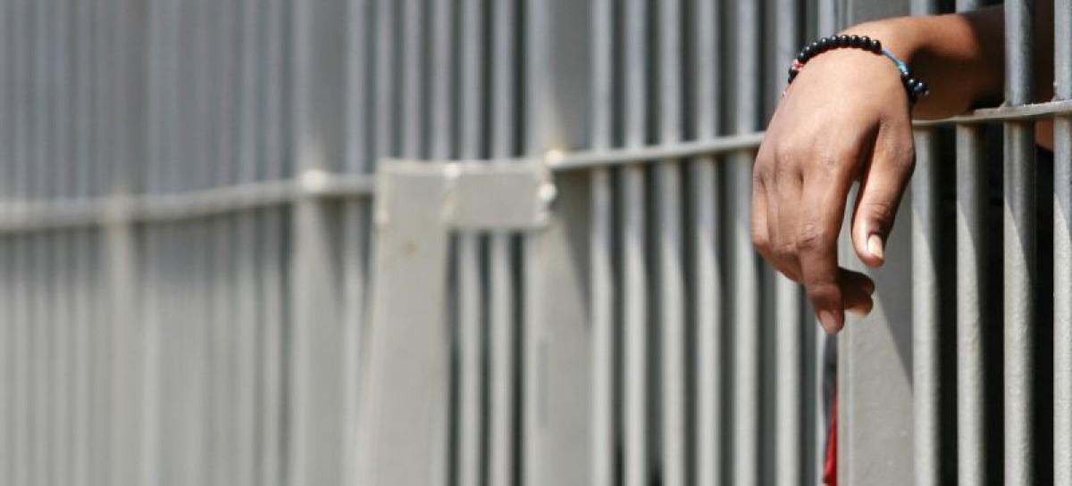 Foggia, tentato suicidio nel carcere