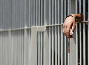 Foggia, detenuto aggredisce agente della penitenziaria: riportate gravi ferite