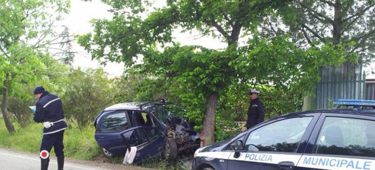 Foggia, incidente in via Ascoli, ferito grave