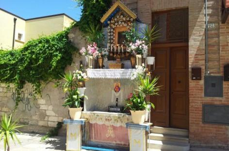 Foggia, ritorna a casa il quadro di Ciro raffigurante la Madonna