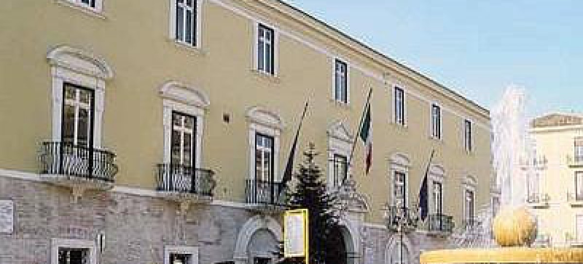 Lucera, il Sindaco Tutolo si schiera dalla parte dei cittadini contro il concorso per i 31 posti