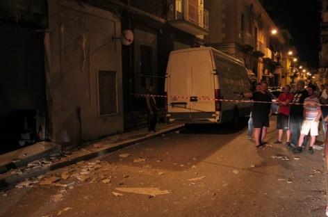 Foggia, bomba carta in Via Nicola Parisi