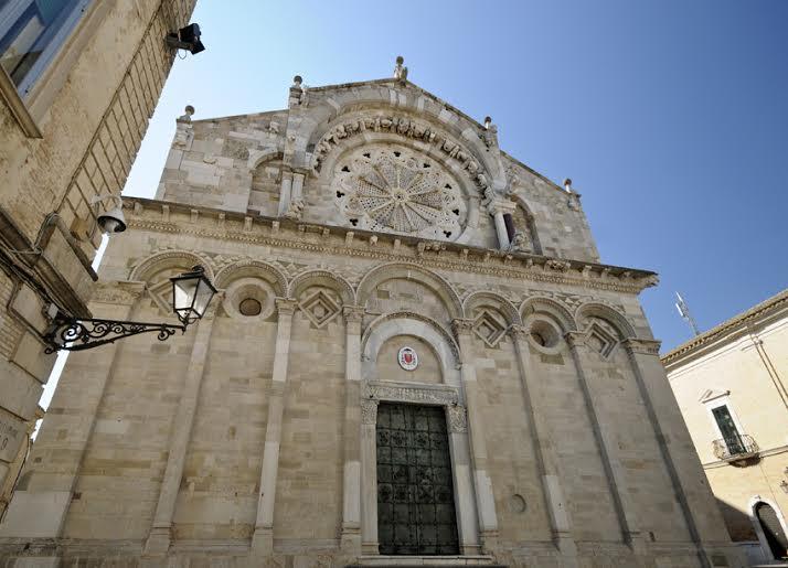 La città di Troia storia e ricchezze culturali civili e religiose