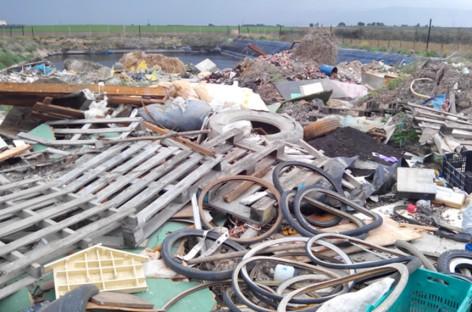San Severo, vascone utilizzato come discarica