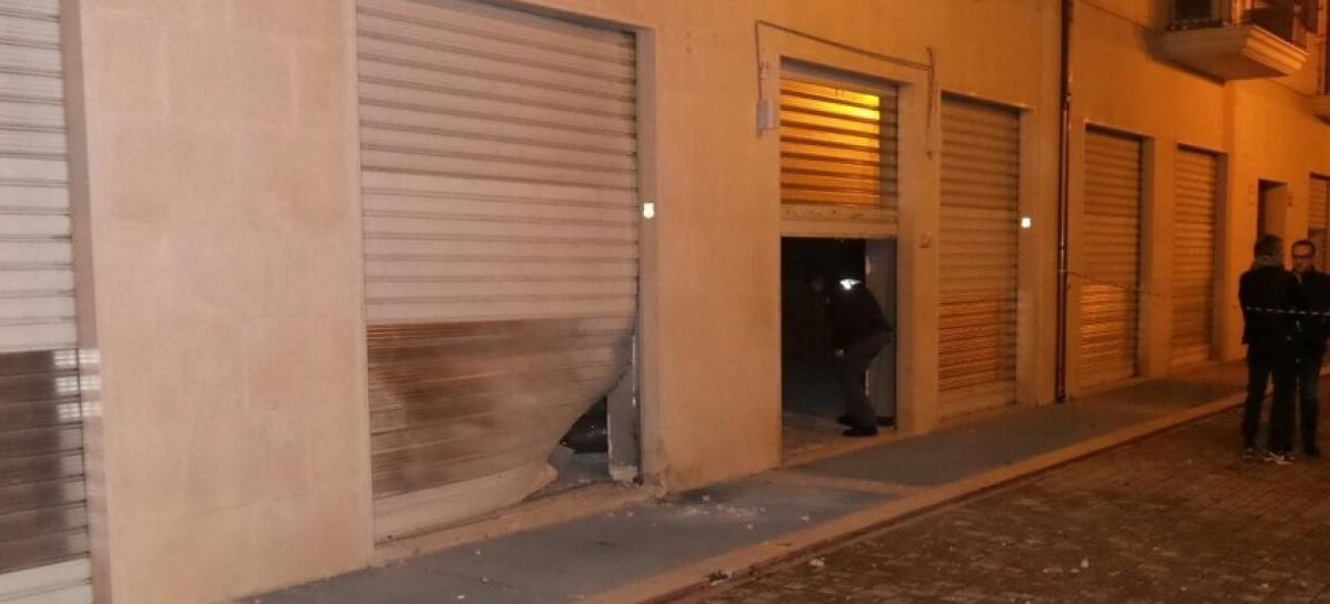 Foggia, altra esplosione nelle vicinanze di Palazzo di Città