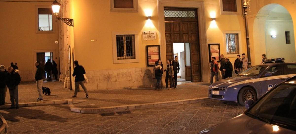 Foggia, ordigno esplode davanti al Conservatorio Giordano