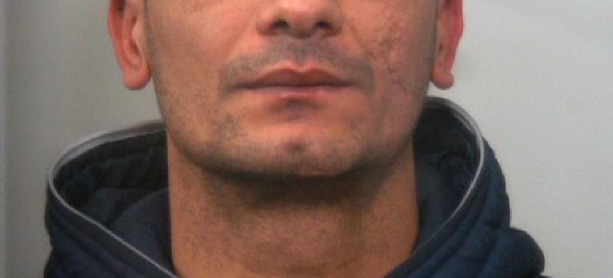 Torremaggiore, estorce denaro a barista: incastrato e arrestato