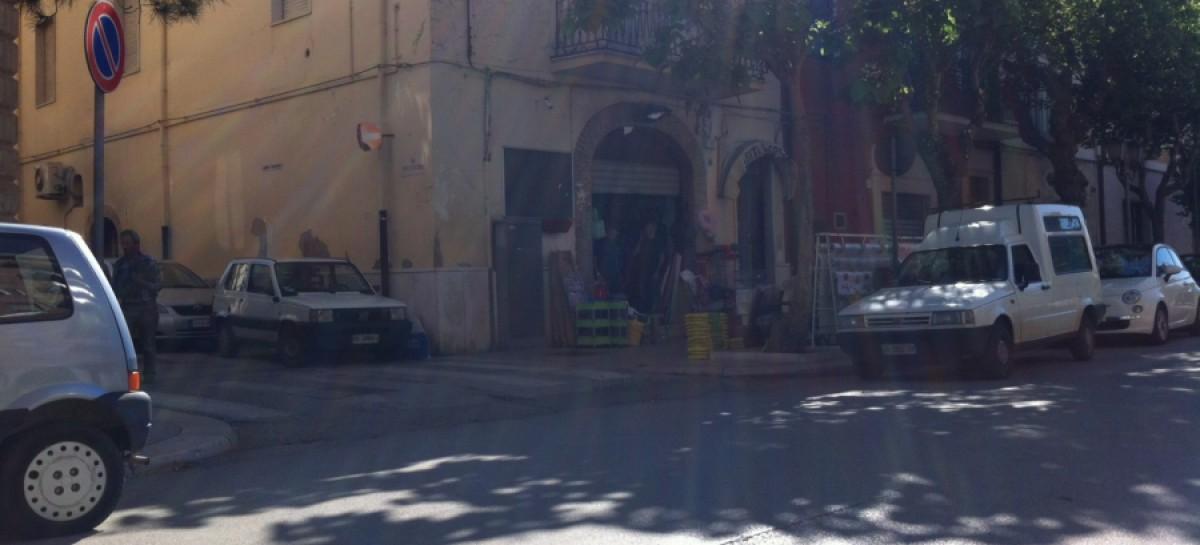 San Severo, bomba davanti a un negozio in Via D' Alfonso
