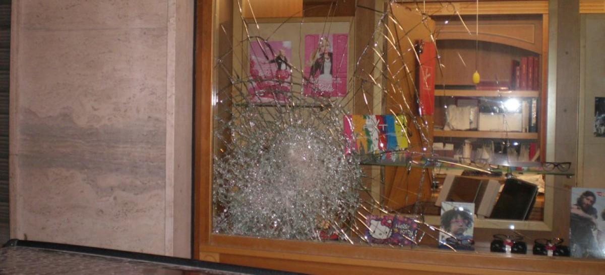 Cerignola, tentato furto in un negozio di ottica: preso uno dei 3 malviventi