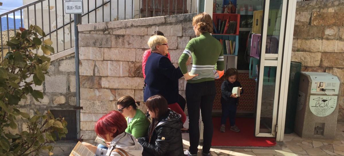 A Sant' Agata di Puglia una biblioteca nella cabina telefonica