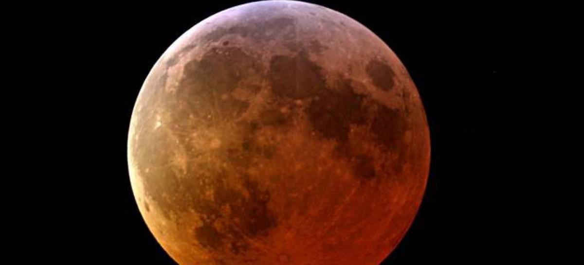 Eclissi totale di Luna: il 28 Settembre la Luna diventerà rossa