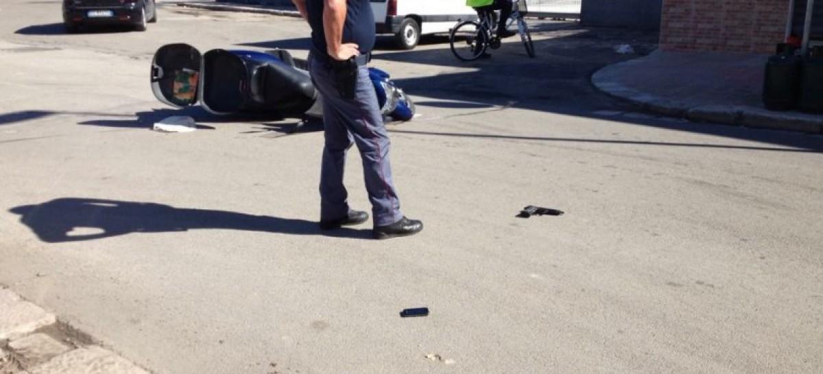 San Severo, a bordo di uno scooter con una pistola: fermati e arresati