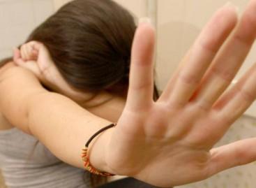 Manfredonia, 50enne abusava sessualmente di una minorenne: ARRESTATO