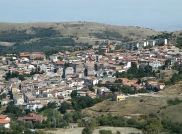 Orsara, più luce su centro storico e periferie