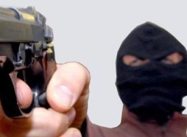 """San Severo, rapinata la farmacia """"Fabrizi"""": Malviventi esplodono colpo di pistola"""
