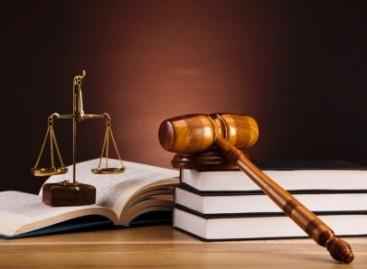 Foggia, penalista interdetto per 10 mesi: Falsificava documenti giudiziari