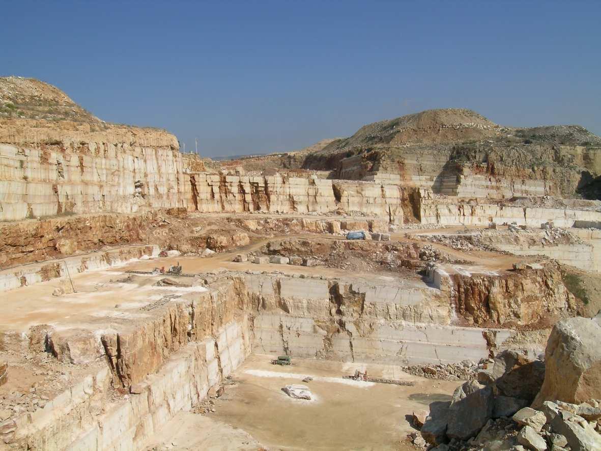 La pietra e le cave di Apricena