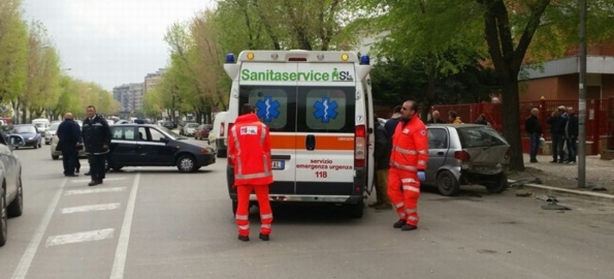 Foggia, gravissimo incidente stradale in via Sant'Alfonso de Liguori