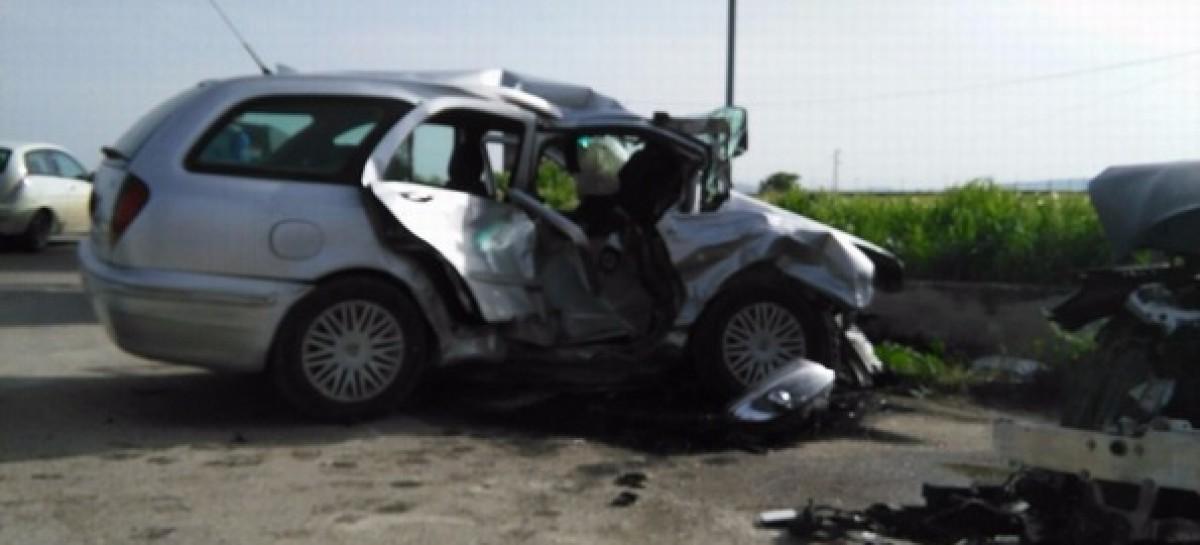 Lucera – Troia, gravissimo incidente stradale: un morto e tre feriti