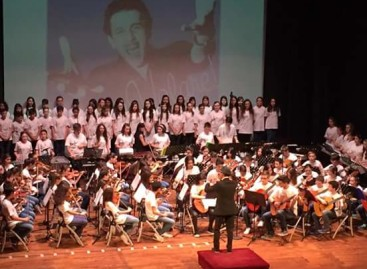 """Teatro """"Umberto Giordano"""": APPLAUSI A SCENA APERTA PER LA FESTA DELLA REPUBBLICA IN MUSICA"""