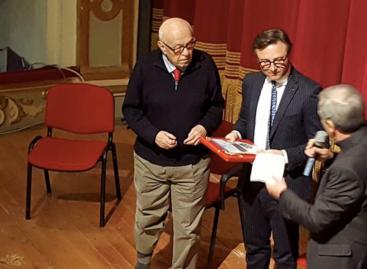 """Lucera, il """"Garibaldi innamorato"""" con """"Tre sull'altalena"""""""