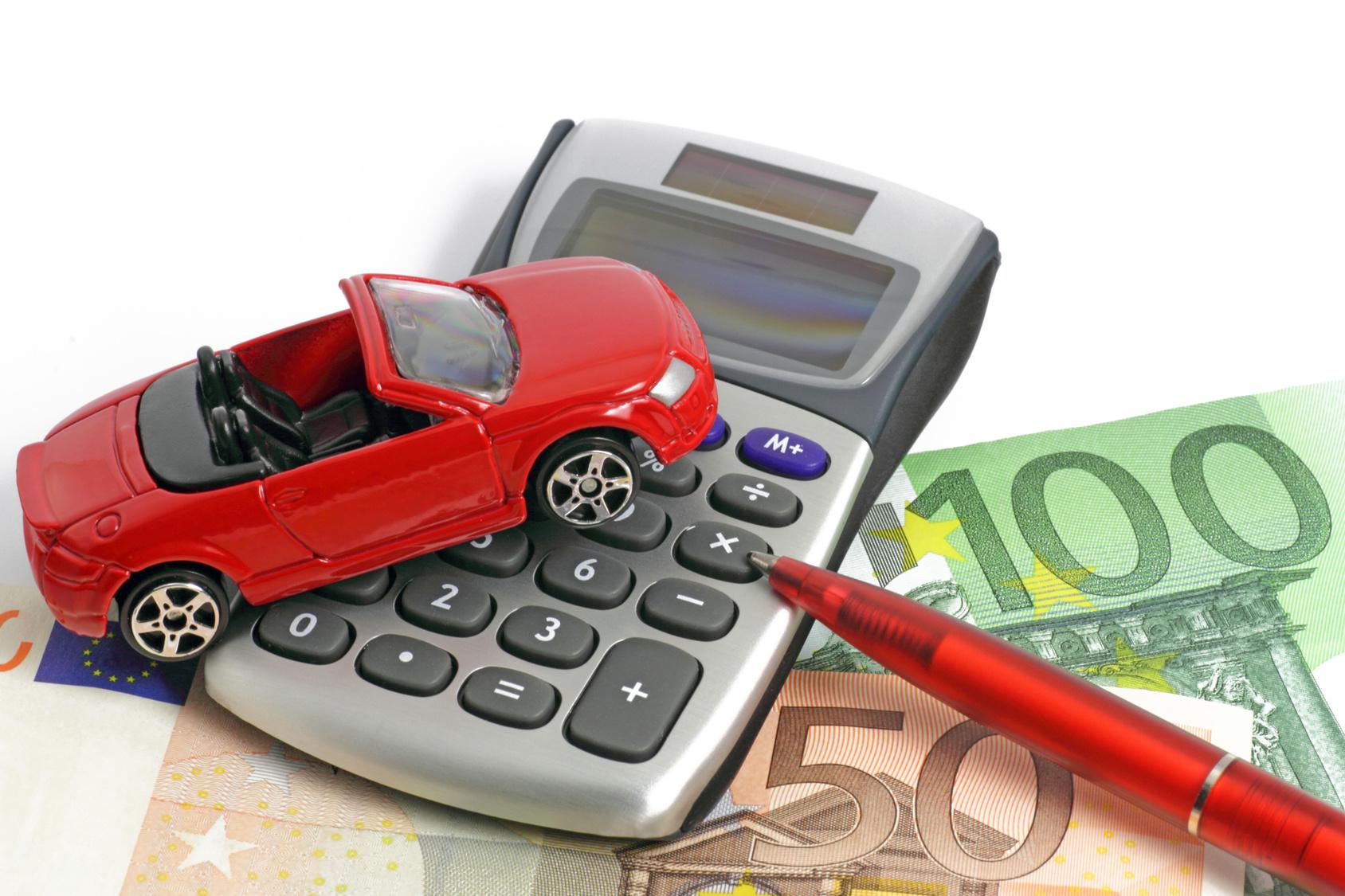 I costi per l'auto continuano a salire in Capitanata