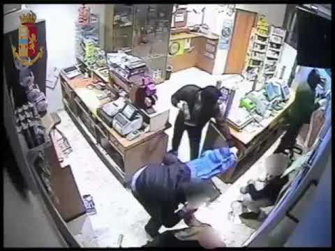 Cerignola: bloccata una banda di malavitosi violenti che rapinavano i negozi con mazzuole da cava.