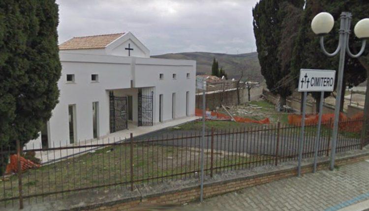 Pietramontecorvino: atti vandalici al cimitero oppure una setta satanica avvolta nel mistero