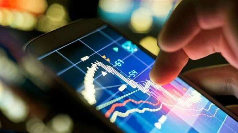 Conoscere per prevenire: i rischi del gioco in borsa online (trading)