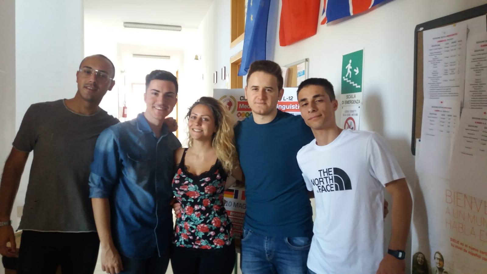 GLI STUDENTI FOGGIANI DELLA SSML SAN DOMENICO IN PARTENZA PER L'EUROPA PER IL TRAINEESHIP