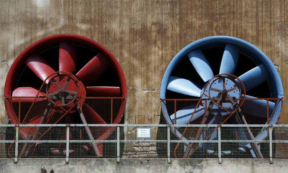 Come si presenta un ventilatore industriale? Quali sono le sue componenti principali?