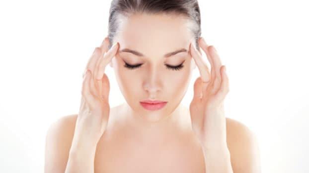 Mal di testa e stanchezza: 6 rimedi per gestire la situazione